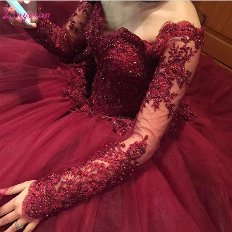 Luxury Ball Gown Quinceanera Dresses Burgundy Off Shoulder Long SleevesLace Appliques Beaded Tulle Puffy Plus Size Prom Gonw