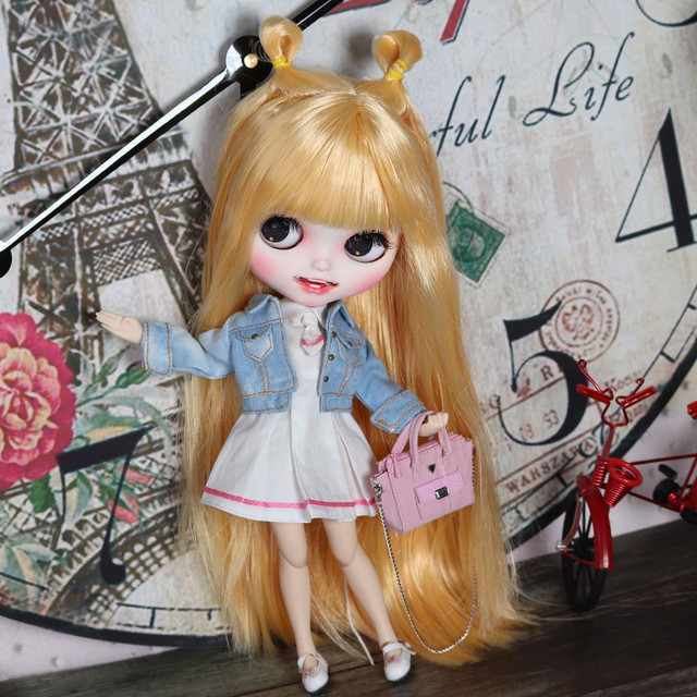 Adelyn – Premium Custom Blythe Doll with Clothes Smiling Face