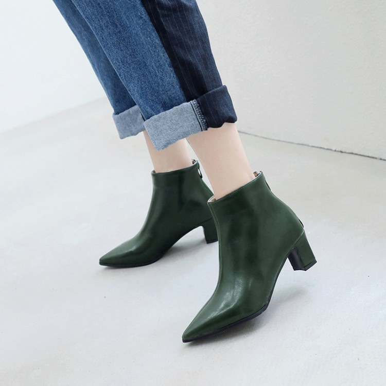 Big Size 11 12 13 14  15 16 17  Back Zipper Short Cylinder Side Zipper Boots with Thick Heel and Middle Heel PointBig Size 11 12 13 14  15 16 17  Back Zipper Short Cylinder Side Zipper Boots with Thick Heel and Middle Heel Point
