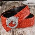 Hombres Cinturones 2017 Caliente de La Manera del Zurriago del Cuero Genuino de Lujo Famosos de la nueva alta calidad del diseñador del diamante hebillas de cinturón para los hombres