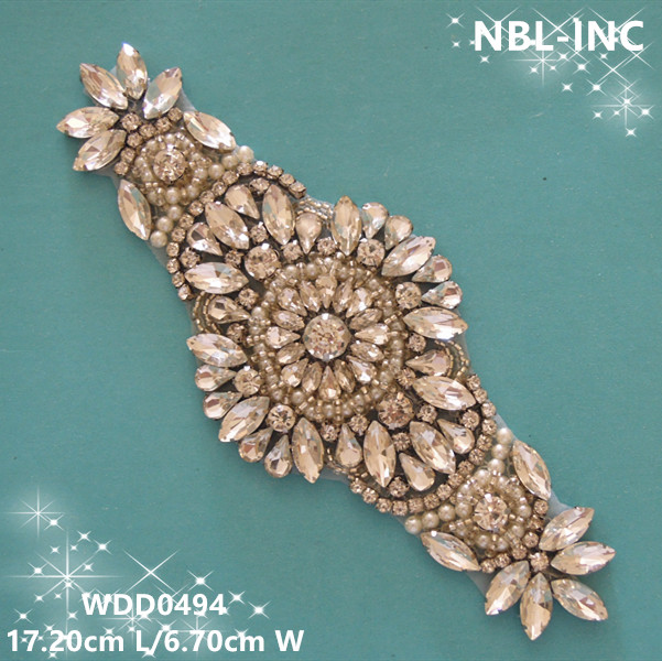 30PCS Wholesale hand beaded sewing bridal crystal rhinestone applique iron on for wedding dresses DIY