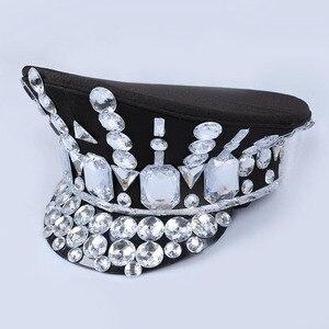 Image 3 - 2017 ישיר למכור חורף צבאי כובעי Gorras חדש ריקוד הלילה בר Ds תלבושות אביזרי ריינסטון כובע אחיד גדול כיסוי