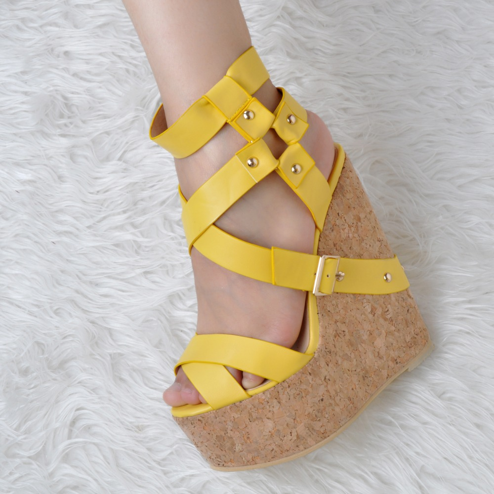 Taille 4 Plate Chaussures Xd056 L'intention Femme 15 Jaune Initiale Femmes forme Coins Peep Magnifique Belle Toe Sandales Plus Nous S4Ba4IZq
