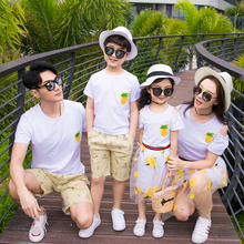 Hot Sale Family Matching Outfits Clothing Mother And Daughter T-shirt+Mesh Skirt Clothes Father Son Suit 2019 New Family Cloth matching family outfits print ruffle t shirt fishtail skirt suit mother daughter dress suit family matching clothes for kids 14t