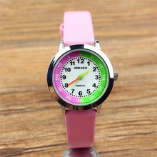 Fashionable elementary and secondary school student cartoon quartz wrist