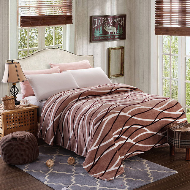 Luxury Fleece Blankets Extra Soft And Warm Bed Blanket Lightweight Fuzzy Couch Easy Care Throw Twin Queen King Size