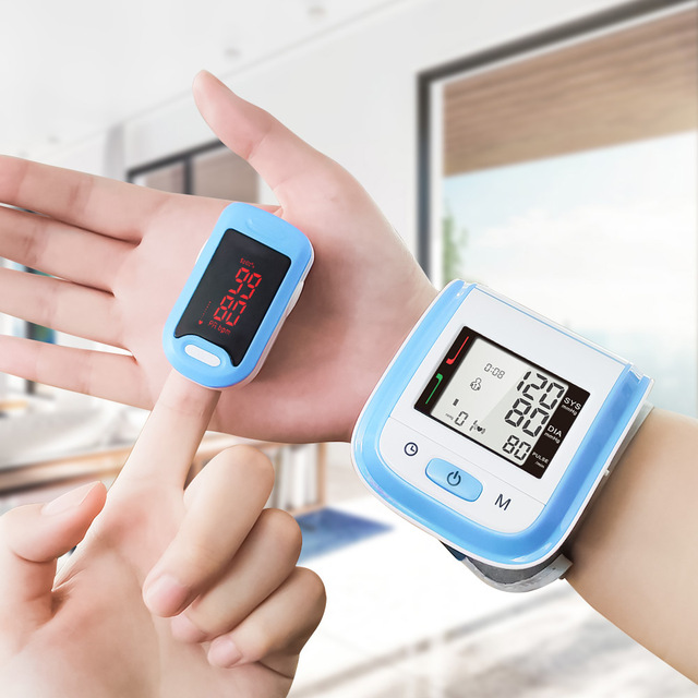 3 in 1 Health Care Set / LED Fingertip Pulse Oximeter + LCD Blood Pressure Monitor + Ear Infrared Thermometer 1