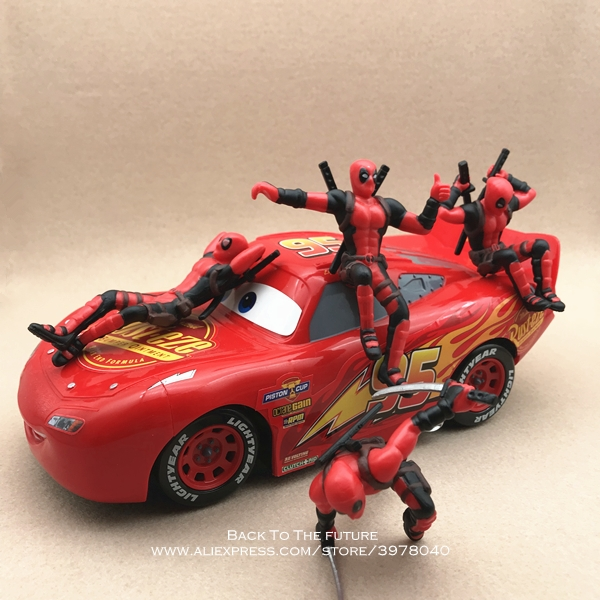 Figurine Sitting Action Marvel
