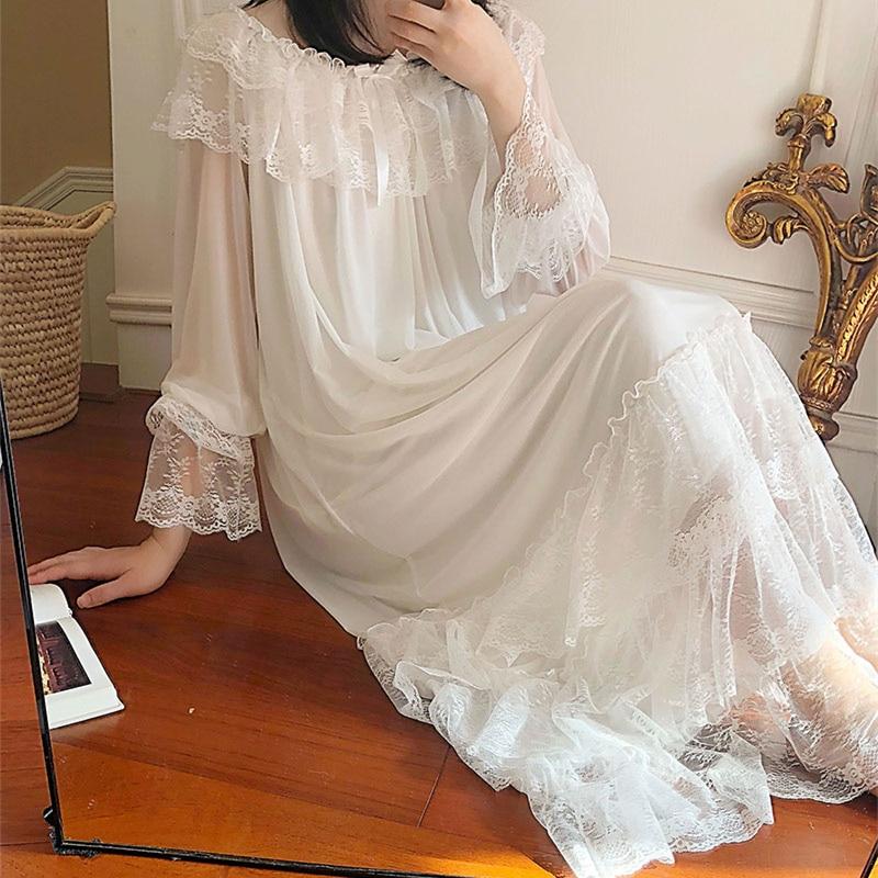 Lace Nightgown Retro Romantic Sleepwear Women Gorgeous Lace Nightdress Long-sleeved Sleepwear Dress Woman European Style