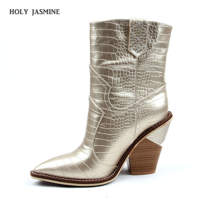 2019 Fashion Cowgirl Boots Women Shoes Winter Western Cowboy Ankle Boots Pointed Toe Splicing Sequined PU Leather Shoes Woman