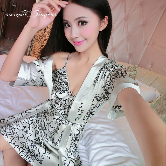 2016 Good quality satin nightgown set sexy v neck full sleeve L-XXL sleepwear robes fashion floral pattern robe set for women