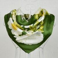 New Trắng Màu Xanh Lá Cây 100% Dâu Tằm Tơ Silk Chiếc Khăn In, Bán Hot Flower Pattern 100% Silk Crepe Satin Khăn Choàng In 90*90 cm