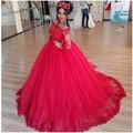 Lindo Tulle Applique Lace Boat Neck Manga Comprida vestido de Baile Vermelho Vestidos Quinceanera Baratos 15 Anos Do Partido Zipper-Up tribunal de Trem