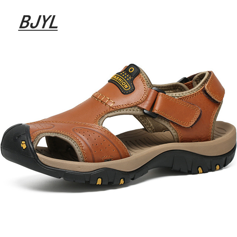 Leather Casual Sandals Summer New Hole Shoes Beach Large Size Baotou Non-slip Casual Breathable Men's Shoes