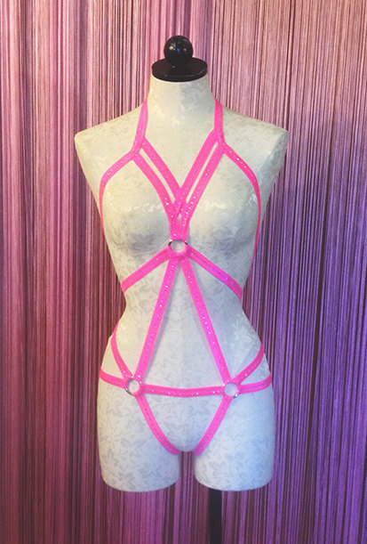 2017 nuevo pastel goth mujeres busto bondage LOTO sujetador Tirantes cinturón jaula bondage lencería busto traje al por menor