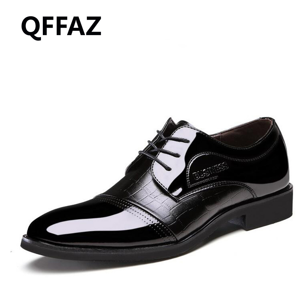 цена QFFAZ Luxury Brand Leather Shoes Men Oxfords Men's Flats Formal Shoes Classic Business Dress Shoes Men's Oxford Flats