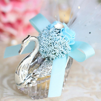 20pcs Nordic creative Acrylic candy box Swan Wedding Candy Box with Bead flower goodie bags Bomboniera Party Supplies gift boxes