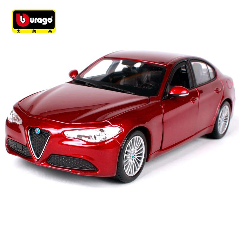 Bburago 1:24 Alfa Romeo GULIA Sportkocsi modell Diecast modell autójáték új dobozban Ingyenes szállítás ÚJ ARRIVAL 21080