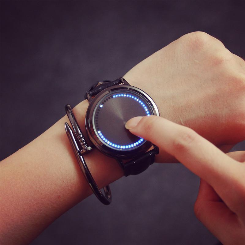 Prix pour Frais LED Arbre Tactile Écran Coque En Acier montres BGG Véritable En Cuir bracelet Numérique Montre lovers Montre-bracelet Cadeau pour les Hommes Garçon horloge