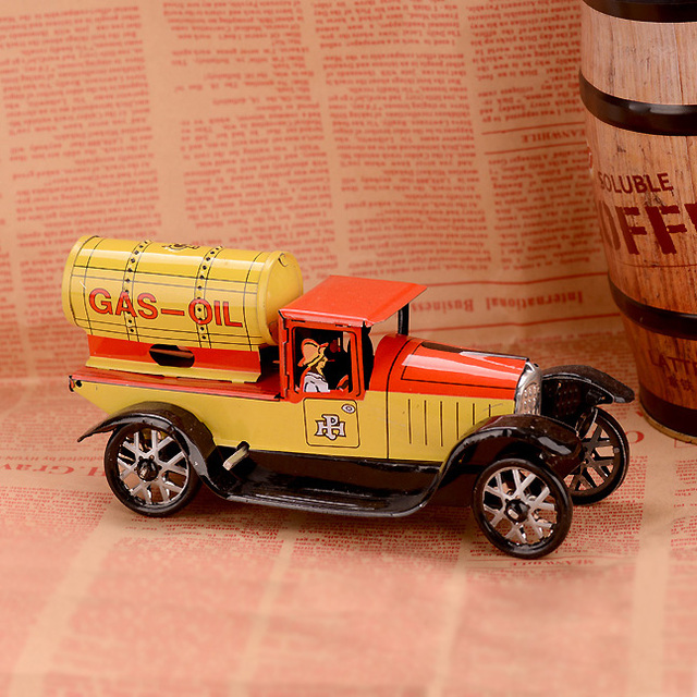 Retro Car Wind Up Toy