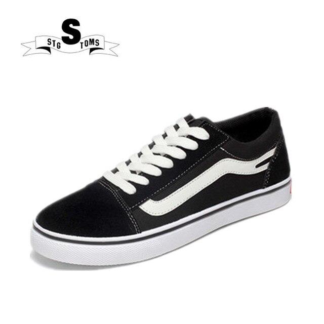 760cea04d New Men Skateboarding Sapatos Masculinos Lace-up Tênis Branco Preto  Clássico Do Esporte Ao Ar