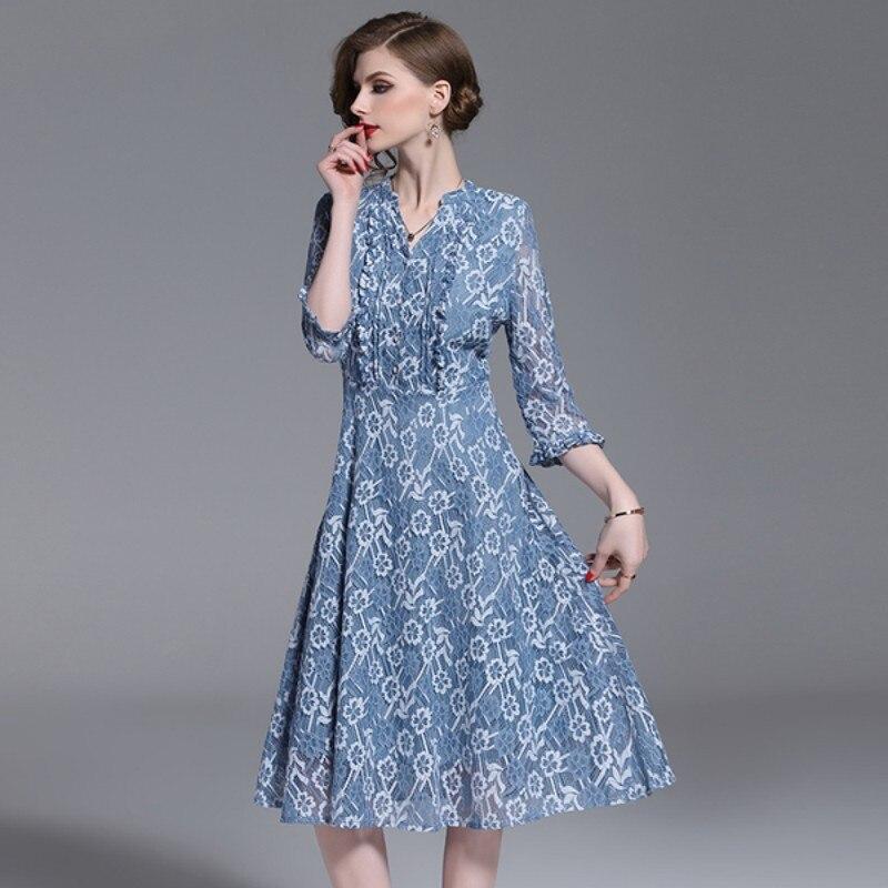 c4c66f9ae3 2019-Nouvelle-Piste-desgin-sexy-vider-crochet-fleur-robe-d-t-femmes -patchwork-longue-dentelle-mince.jpg
