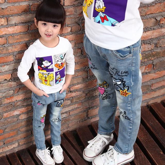 Marca crianças meninos e meninas de jeans 2015 personagem de desenho animado impresso casual denim calças Primavera e No Outono novo jeans para crianças