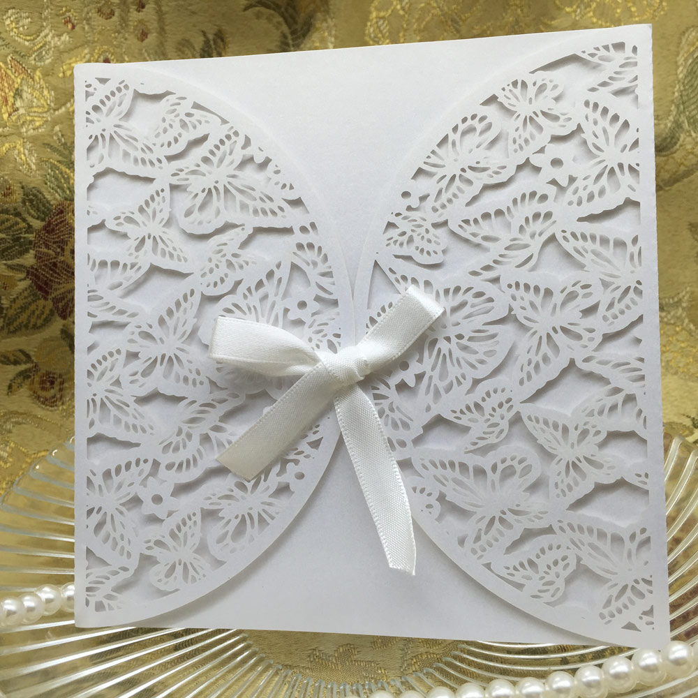 20PCS Iridescent Paper Laser Cut Wedding Invitation Card Butterfly Pattern Carved Hollow Out Crafts Cards Party Wedding Banquet