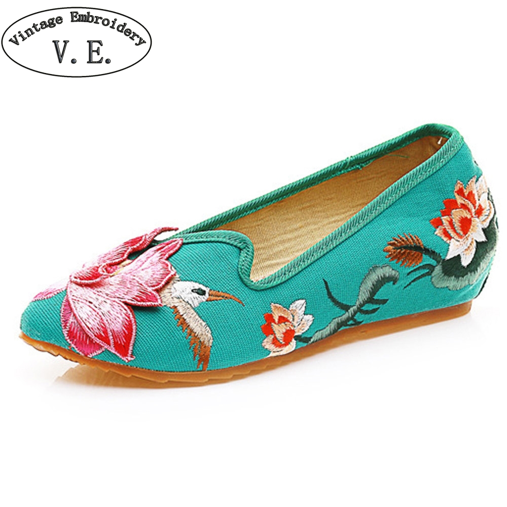 Chinese Women Flats 3D Lotus Bird Embroidery National Cloth Shoes Woman Pointed Toes Cotton Driving Dance Ballets shoes