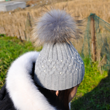 Fashion Women Winter Raccoon Fur Hat With Pompom Rabbit Fur Blend Caps Female Thick Fur Ball Hat Pearl Embed Skullies Beanies