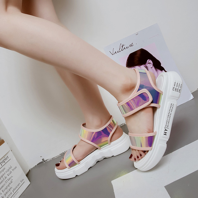 2018 summer new muffin platform sandals female Korean version of the wild flat casual student sandals women's shoes. 4