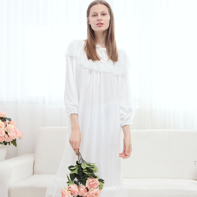Free Shipping ,High Quality Autumn Nightgown Princess Nightdress Royal Pijama Ladies Sleepwear Long White Women Nightwear