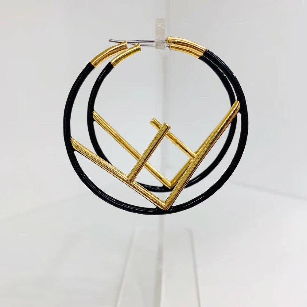 Fashion luxury brand Letter Charms Drop Dangle Earrings for Women Statement slim thin hollow logo initial letter Earrings
