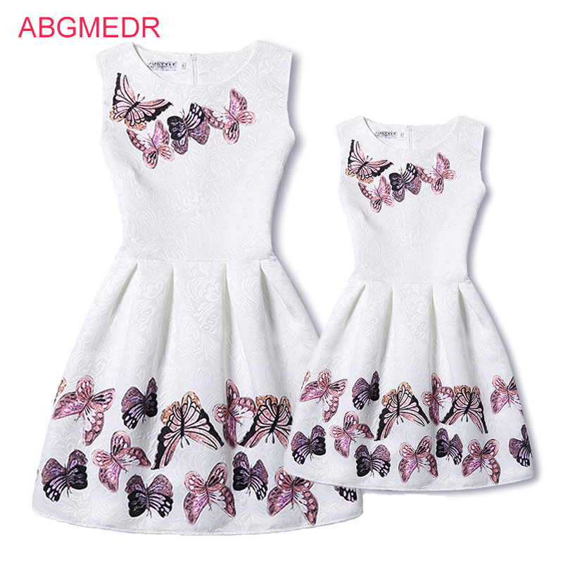 b3fece5d3d5d Mother Daughter Dresses 2017 New Girls Vintage Printed Spring Dress Family  Matching Dress Mother Daughter Clothes Mae e Filha