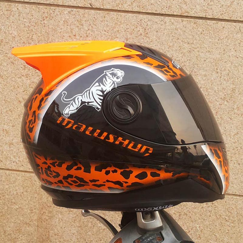 Здесь продается  Free shipping Motorcycle helmet Orange Leopard Print Full Face ABS Material Motorcycle Helmet With horns  Автомобили и Мотоциклы