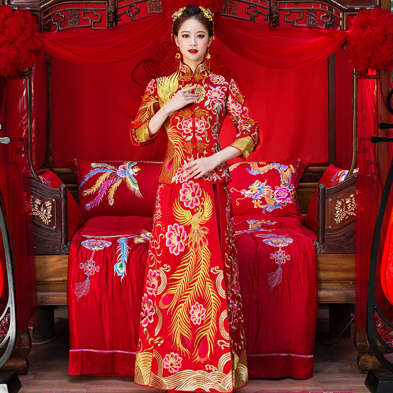 High Quality Red Chinese Traditional Wedding Dresses Women Phoenix Embroidery Cheongsam Long Qipao Dress Bride Traditions in Cheongsams from Novelty Special Use