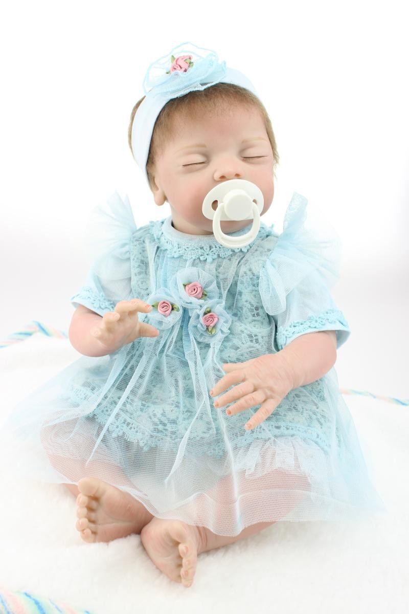 где купить 55cm close eyes silicone reborn baby doll toys for girl 22inches realistic sleeping baby reborn doll girls brinquedos baby gift дешево