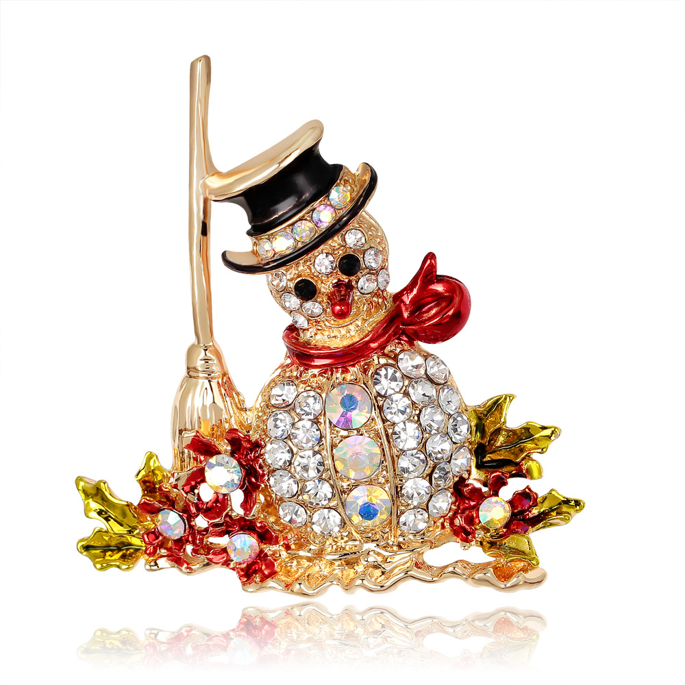 CINDY XIANG Lovely Snowman Brooches for Women Fashion Jewelry Zinc Alloy and Inlay Shiny Rhinestone for Girls Christmas Gift in Brooches from Jewelry Accessories