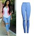 Céu Azul de Cintura alta Jeans Mulheres Buraco calças Na Altura Do Joelho Sexy Cultivar calças de Brim das Mulheres Magras Calça Jeans Lápis Elástica Plus Size Feminina XXL