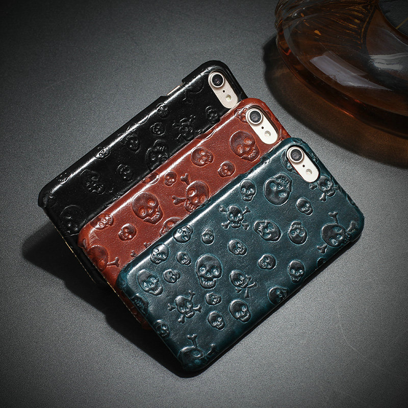 Classic Vintage Genuine Leather Cover Case For Apple iphone SE 5 5S 6 6S Plus 7 7Plus 8 8plus 3D Skull Patterned Back Shell