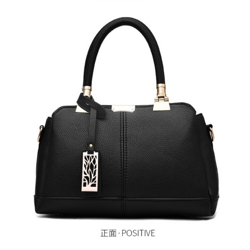 daa78ef65f3 100% Genuine leather Women handbags 2019 New tide female bag Crossbody Bag  shaped sweet lady Shoulder Handbag
