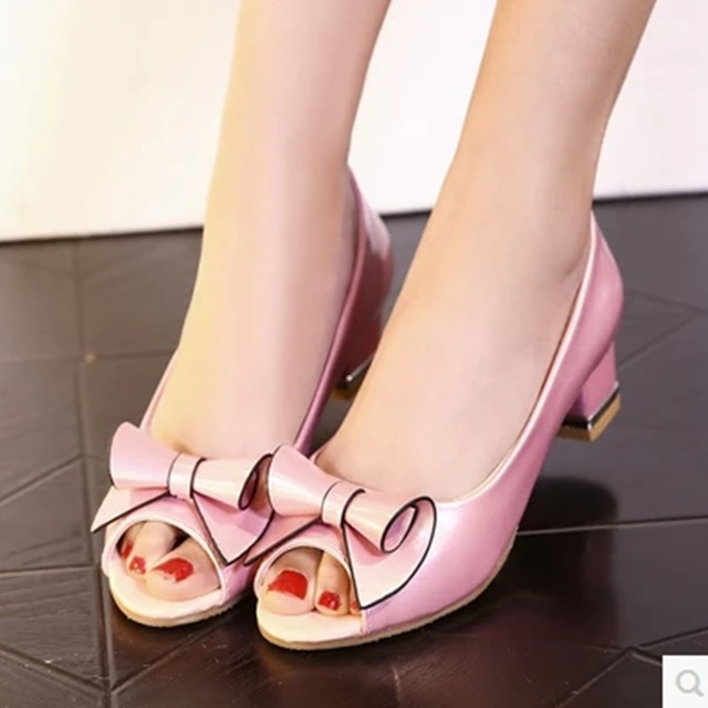 5030a92ed075 Ladies Sweet Bow Peep Toe Hot Sold Cover Heel Slip-On Plus size 34-43  Square Mid High Heels Sandals Women Pumps Sapatos Princess
