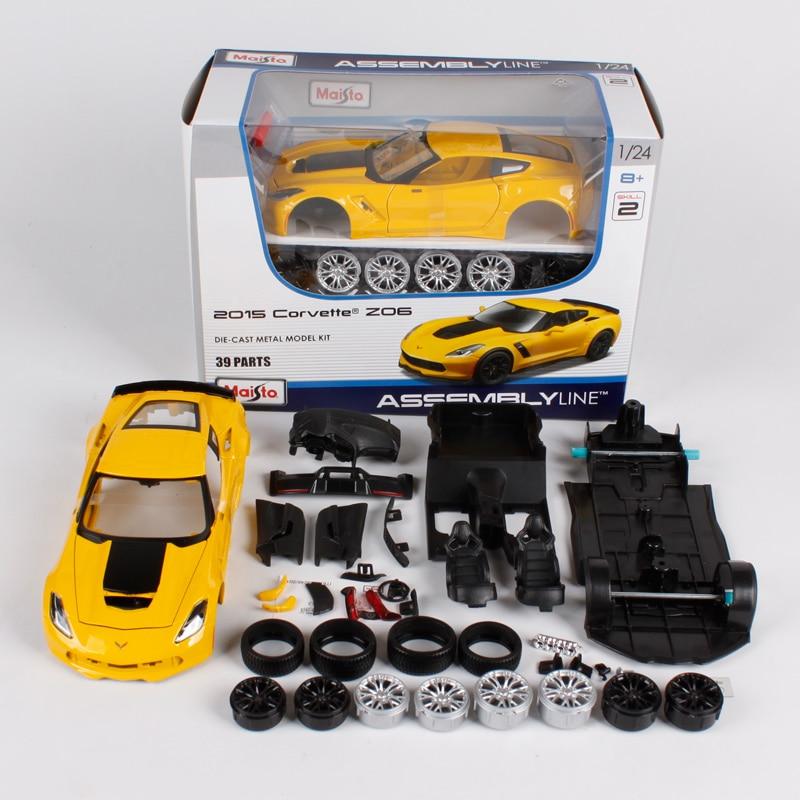 Maisto 1:24 chevrolet corvette z06 assemble line yellow car diecast kit 39 parts vehicle diecast mannal car model for men 39246