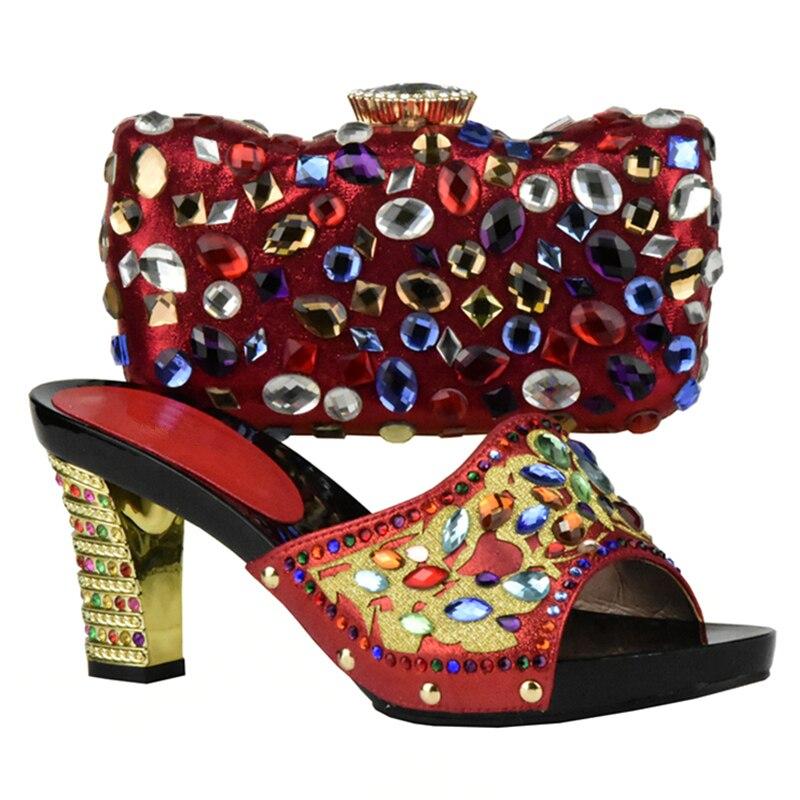 Assortis pourpre Sacs Avec rouge Bleu rose or Et Strass De Nouvelle Les Italiennes Chaussures Dames Sac Mariage Qualité argent Femmes Haute Arrivée Ensemble g1vRwP