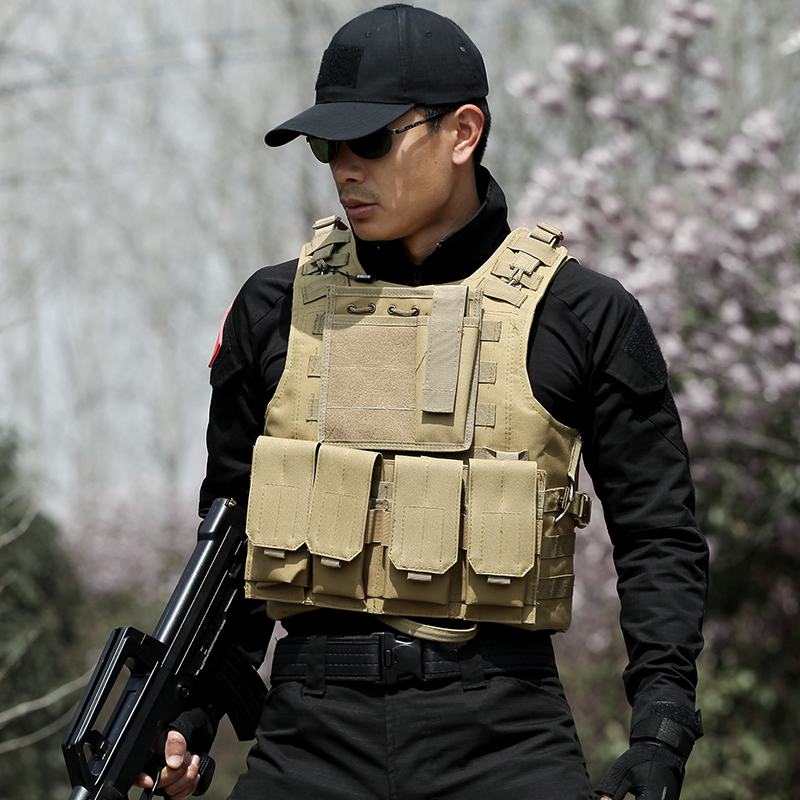 Men's Military Tactical Hunting Vest Police Paintball War Game Wear Body Armor Hunting Vest CS Outdoor Products Hunter Equipment protective outdoor war game military tactical full face shield mask black