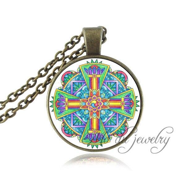 80b0179fc24f Mujeres Hombres collar de vidrio cúpula colgante de loto Mandala collar  amuleto collar indio Vintage religión Cruz joyería