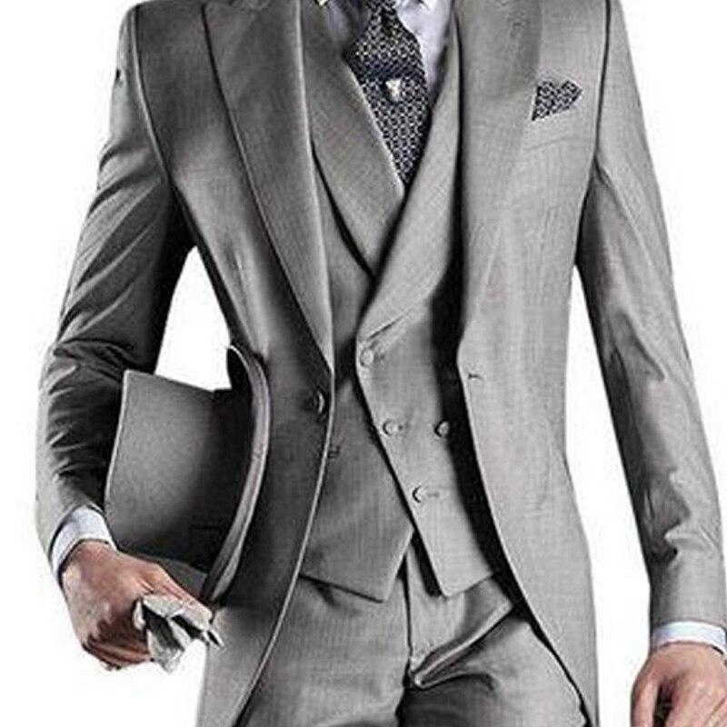 Światło szary mężczyźni ogon płaszcz na ślub Groom smokingi 2019 3 sztuka garnitury męskie zestaw kurtka spodnie kamizelka w Garnitury od Odzież męska na  Grupa 2