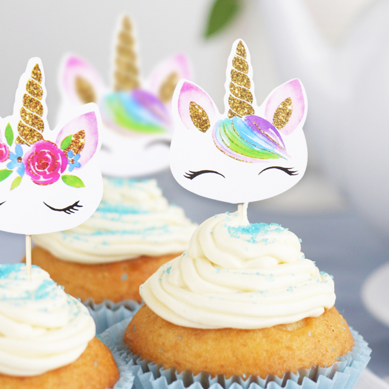 24 pcs/lot Smiley Unicorn Cupcake Wrappers Toppers Kids Party Birthday Decoration Cake Decor Supplies(12 topper+12 toothpicks)