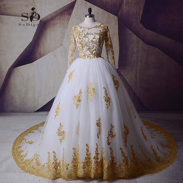 Gold Lace Appliques Weeding Dress Long Sleeves Beaded Sequined 2018 Plus Size Boho Vintage Wedding Dress Lace Bridal Gown