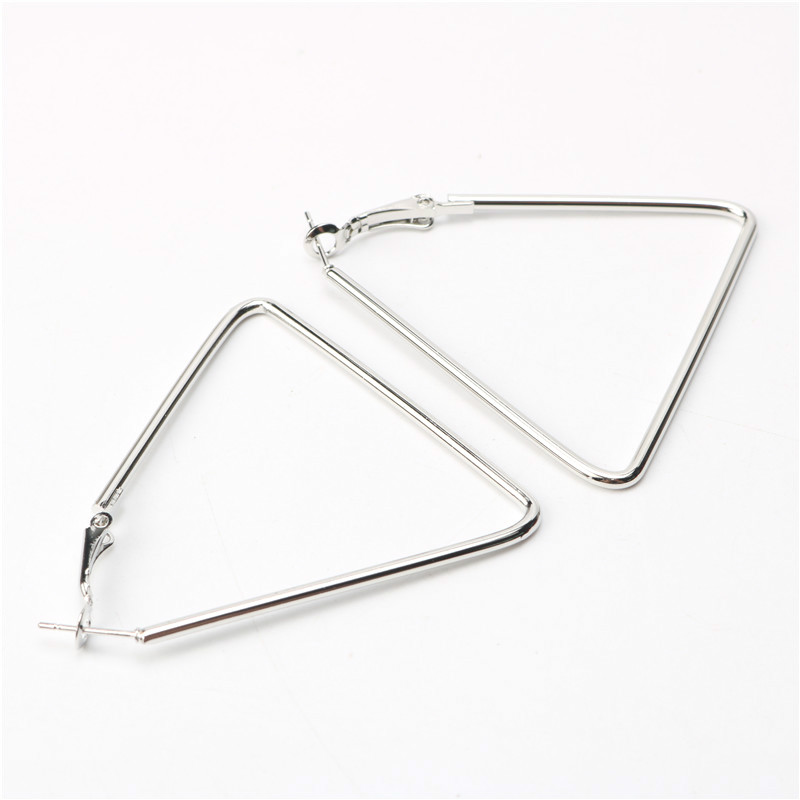 New Geometric Hoop Earrings Fashion Punk Designer Triangle Shaped Big Earrings For Women Basketball Earrings Brincos Grandes